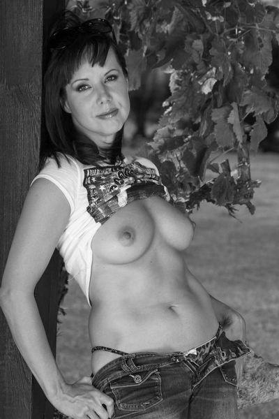 Welcher attraktive Lover kann die eitle Sexmilf poppen?