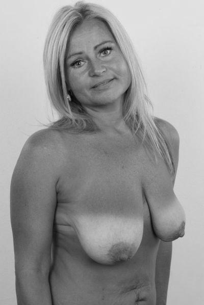 So welcher kräftige Womanizer will gerne diese gut bumsende Rubensfrau bumsen?