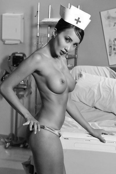 Welcher abgesicherte Stecher will gerne diese dicke Fickfrau von hinten nehmen?